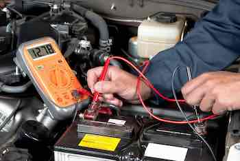 When do you have to replace the battery when replacing the alternator