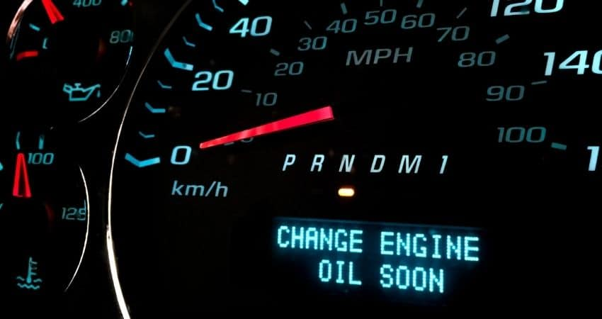 How-Does-Your-Car-Act-When-It-Needs-an-Oil-Change